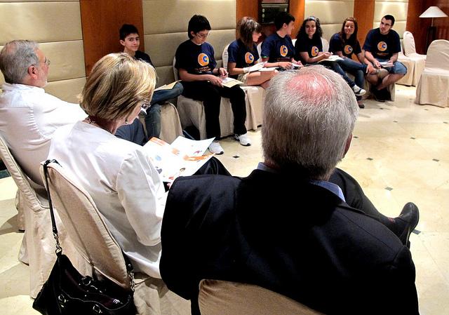 10 cibercorresponsales entrevistan a miembros del Comité de los Derechos del Niño