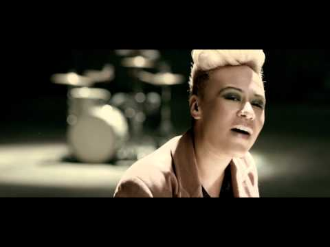 """Next to me"", Emeli Sandé"