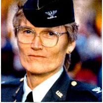 Expediente Cammermeyer, primer alto mando del ejército de Estados Unidos en hablar de su lesbianismo