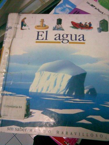 """Las ladies leen """"El agua"""""""