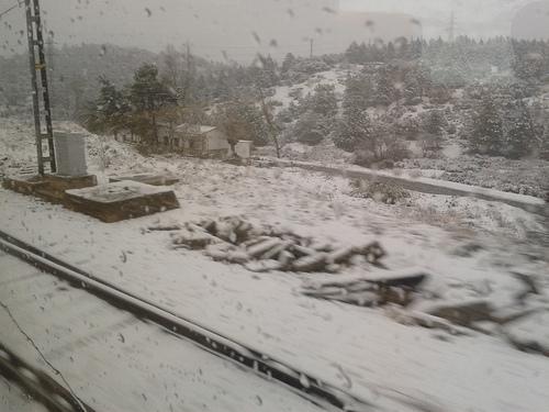 Nueva aventura en el tren: cruzar Despeñaperros nevando