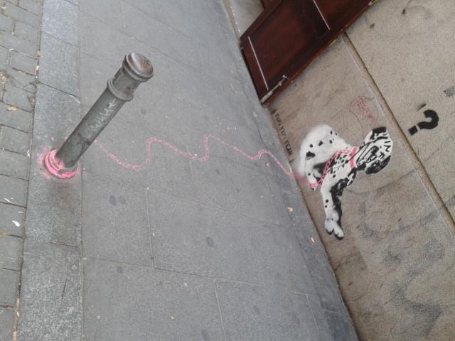 Graffiti doble: dálmata atado