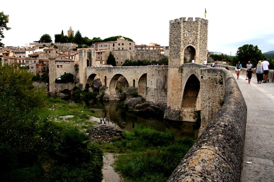 4632 besalú castillo