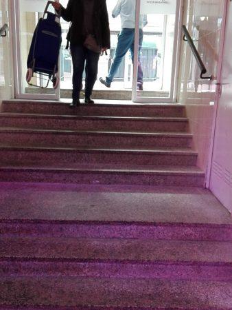 Escalinata típica de mercado