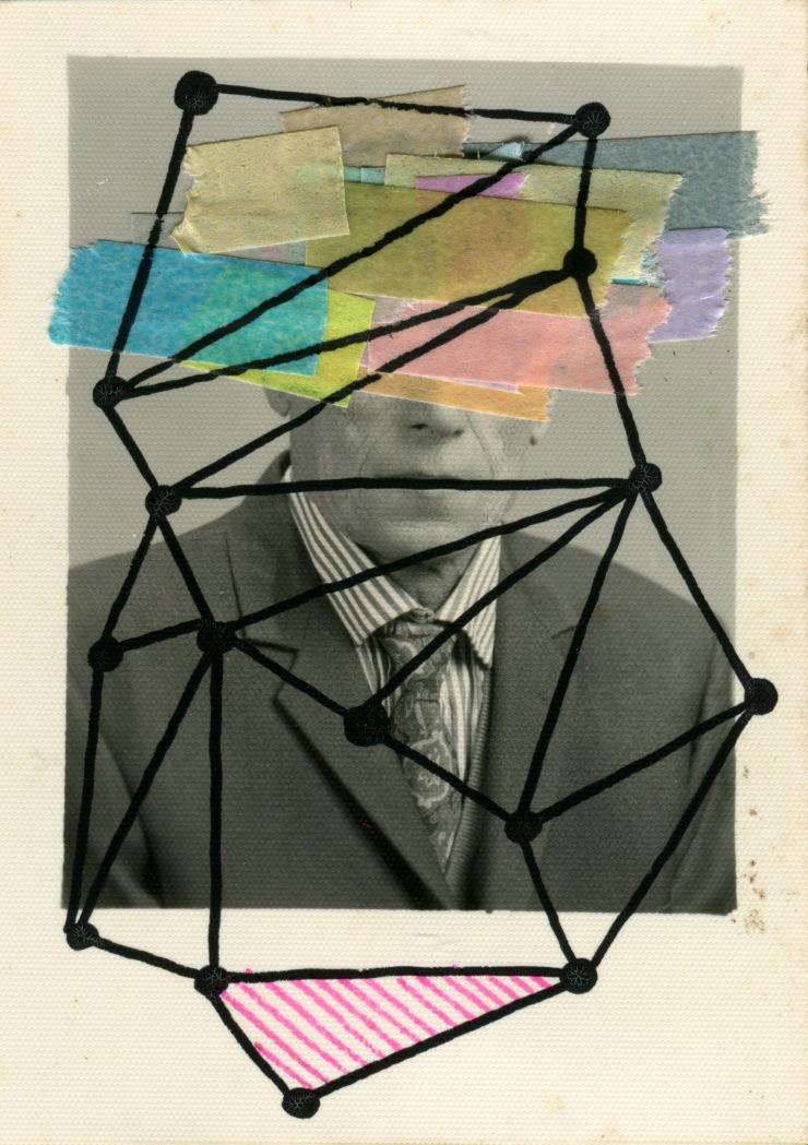 Retrato de pasaporte tapado por dibujos de redes y postis de colores