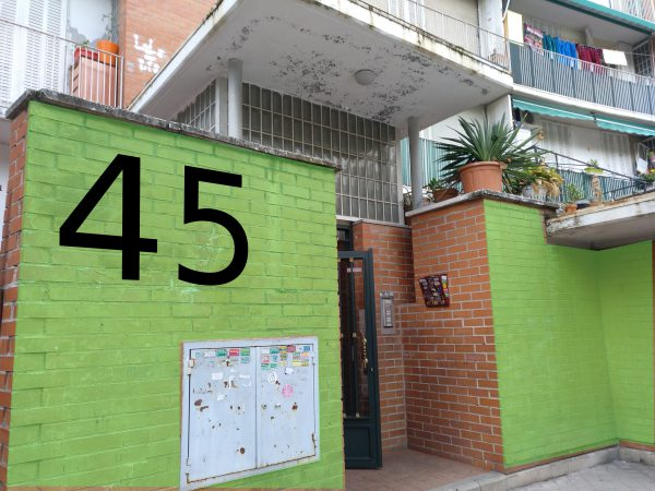 propuesta: pintar cada portal de un color y situar el número en grande